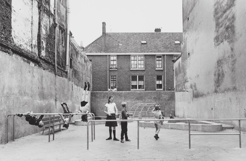 Aldo-van-Eyck_Spielplatz